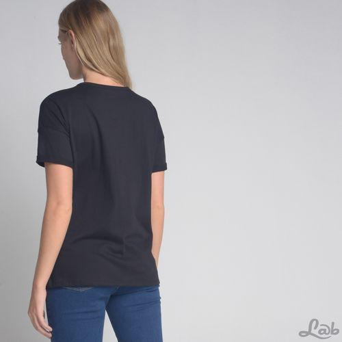 Camiseta-Chocker-Perolas-Preto
